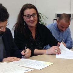 firma accordo (1)