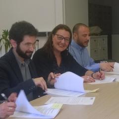 firma accordo (3)